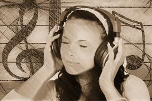 Rhythmusgefühl Frau mit Kopfhörern